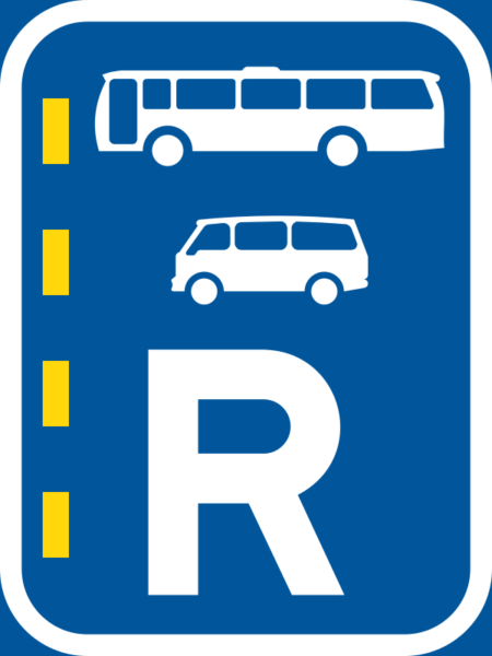 R349: Bus & Minibus Lane Right Reservation Sign