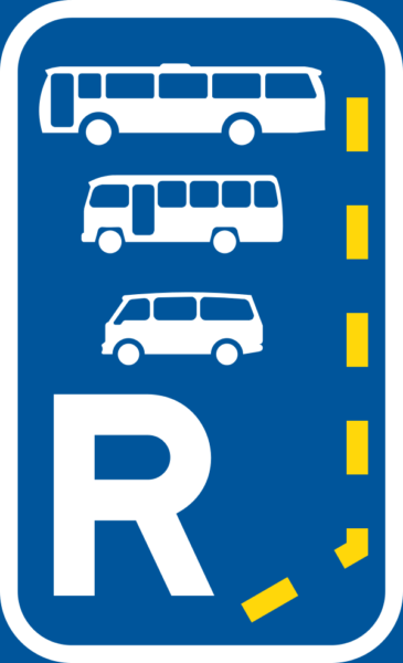 R335: Start of a reserved lane for buses, midi-buses and mini-buses.